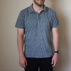Men's shortsleeved collared Shirt